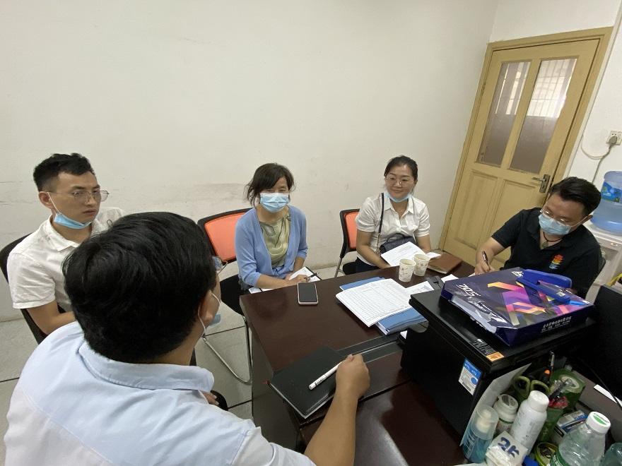 【开学准备】校领导及其考察小组成员来实验中心检查开学准备工作