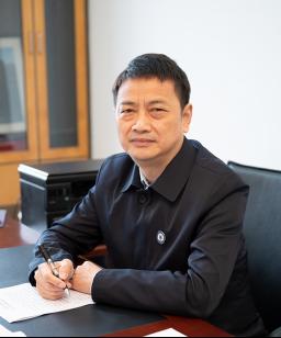 学校董事  王正明