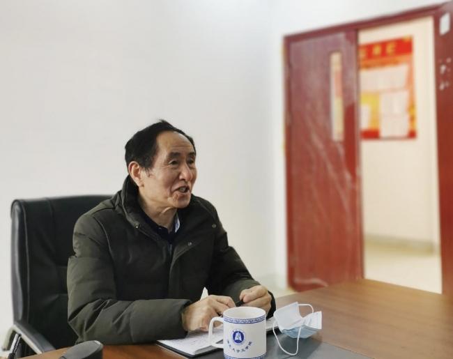 文法学院召开党政联席会扩大会议